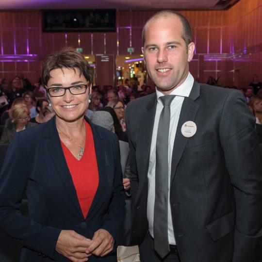 https://www.demenzkongress.com/wp-content/uploads/2018/08/Dr.in-Barbara-Prettner-und-MMag.-Christian-Polessnig-Geschäftsführer-AHA-Gruppe-540x540.jpg
